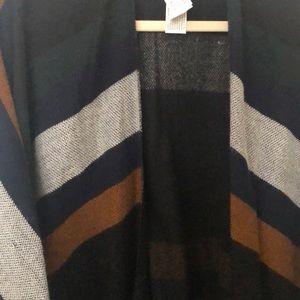 Forever 21 Jackets & Coats - NWOT: poncho
